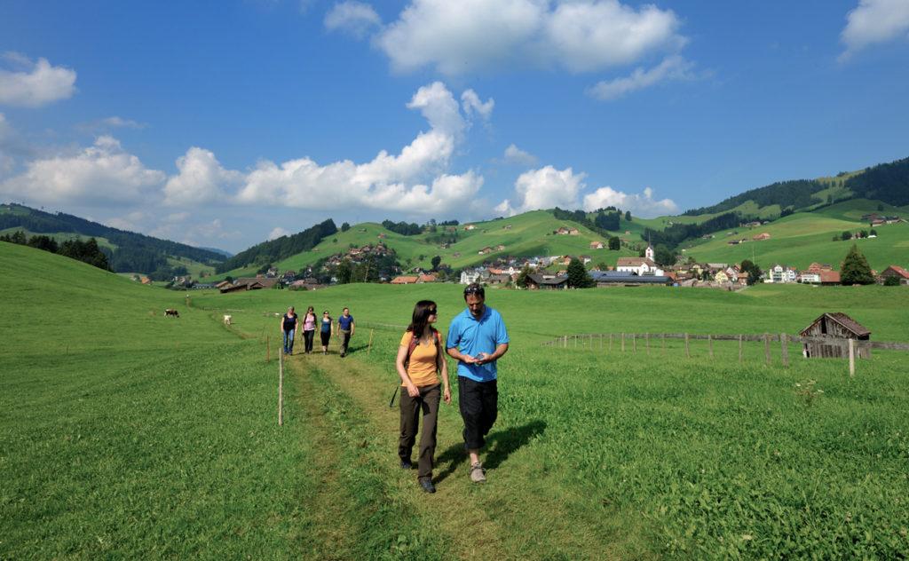 10-Appenzeller-Weg-Gonten(1)_Christian-Perret