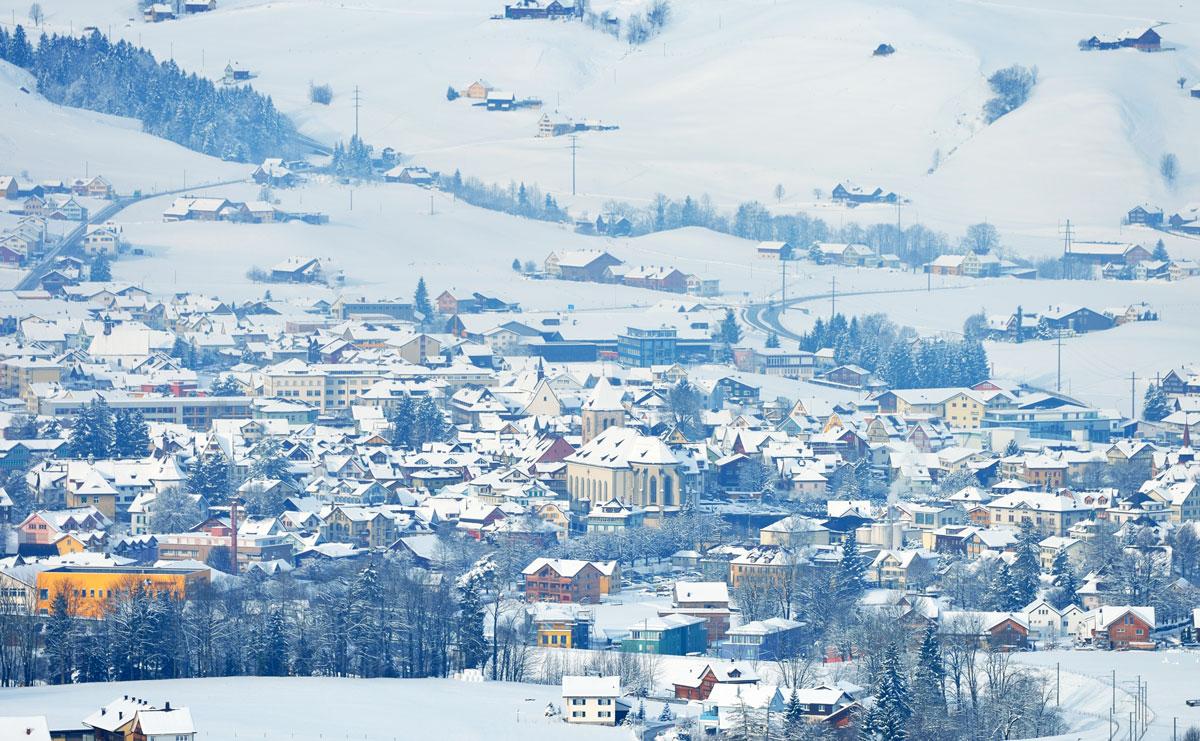 Wi_04-Blick-ins-Dorf-4_Christian-Perret